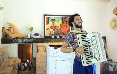 LICENCIATURA MÚSICA convida CRISTIANO MEIRELLES